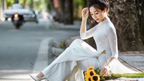 """Cô giáo mầm non 9X xứ Nghệ đốn tim cộng đồng mạng với bộ ảnh """"Thu Hà Nội yêu"""""""