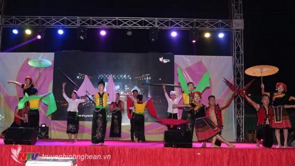 Đêm nhạc thiện nguyện quyên góp 270 triệu đồng cho bệnh nhân nghèo tại Nghệ An