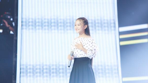 """Cô bé xứ Nghệ, Hà Quỳnh Như - """"Viên ngọc quý"""" từng được 6 HLV tranh giành nay đã thật sự tỏa sáng"""