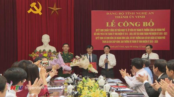 Công bố quyết định chuẩn y Phó Bí thư Thành uỷ, Chủ tịch UBND TP Vinh nhiệm kỳ 2016 – 2021