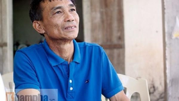 Vượt 300km ra Hà Nội cổ vũ, bố Công Phượng chưa kịp gặp con trai lại tức tốc về nhà chăm vợ ốm