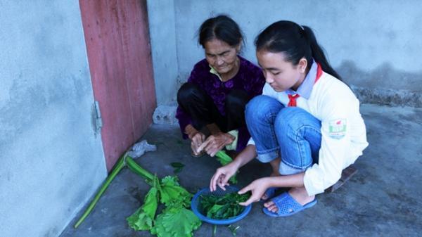 Ngh.ẹn đắng câu chuyện về số phận nữ sinh 17 tuổi học lớp 9 mang 2 dòng m.áu ở xứ Nghệ