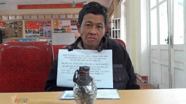 Nghệ An: Bắt đối tượng dùng lựu đạn vận chuyển m.a t.úy qua biên giới