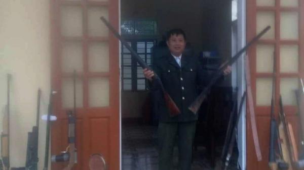 Video: Công an Nghệ An thu giữ hàng loạt khẩu s.úng tự chế nguy hiểm
