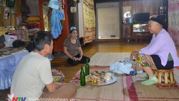 Độc đáo tục gọi vía về ăn Tết của người Thái Con Cuông (Nghệ An)