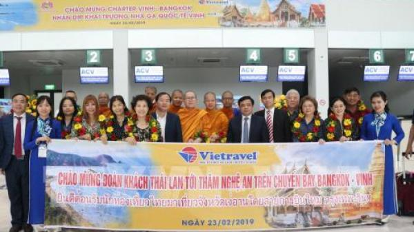 Nghệ An đón đoàn khách quốc tế đầu tiên tại Cảng hàng không quốc tế Vinh