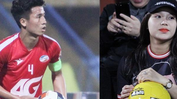 Tặng quà cho bạn gái quê Bắc Ninh trước trận, Bùi Tiến Dũng trở thành chàng trai ga lăng nhất sân Hàng Đẫy tối 1/3