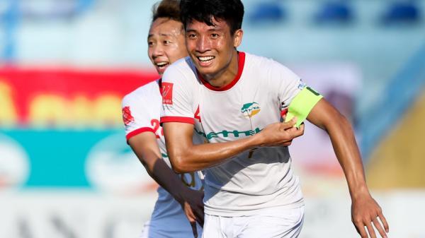 Ngày mai: Bùi Tiến Dũng (Hà Tĩnh) và đồng đội sẽ chạm trán với nhà đương kim vô địch Hà Nội FC