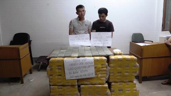 CLIP: Ch.ặt đứt đường dây vận chuyển 600.000 viên m.a t.úy và 36 bánh he.roin từ Lào vào Hà Tĩnh