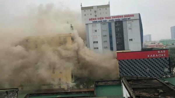 NÓNG: Đang ch.áy lớn quán karaoke lớn nhất thành Vinh, Nghệ An