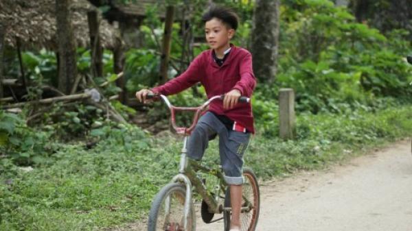 VỪA XONG: Chiếc xe đạp của cậu bé Sơn La chính thức được trả 103 triệu đồng