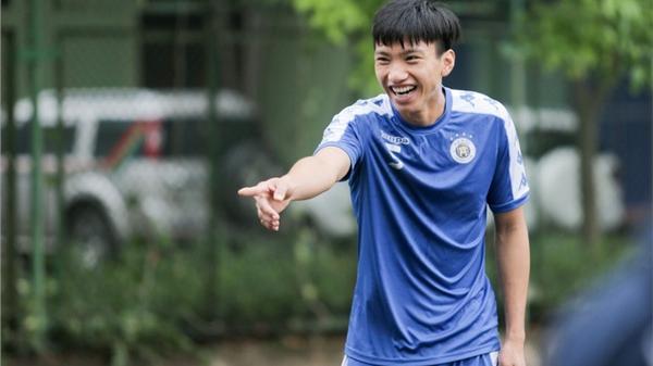 Thực hư chuyện Văn Hậu quê Thái Bình giảm tới 4 kg chỉ sau một trận đấu