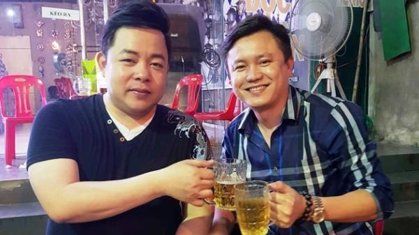 """""""Chém gió"""" cùng Quang Lê bên vỉa hè Hà Tĩnh"""