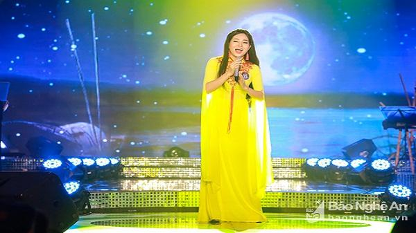 Cô gái Nghệ duy nhất lọt vào vòng Chung kết xếp hạng toàn quốc giải Sao Mai 2017
