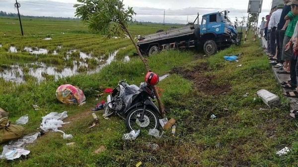 Trên đường mua bánh Trung thu về, nữ tu bị xe bồn đâm tử vong
