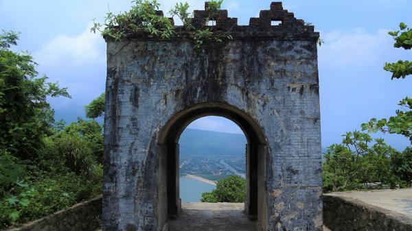 Hà Tĩnh: Cổng trời trăm tuổi trên đỉnh đèo Ngang nhìn từ trên cao