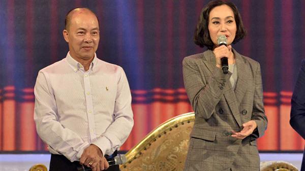 Netizen phản ứng gay gắt sau tin NS Đức Hải bị cho thôi chức Phó Hiệu trưởng, yêu cầu tước luôn danh hiệu NSƯT