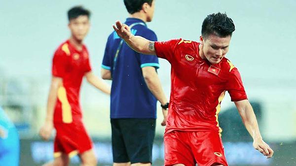 """Đội nhà không ngừng đổ lỗi cho trọng tài vì bàn thắng của Tiến Linh, báo Indonesia chua chát: Đó là """"nghiệp quật"""""""