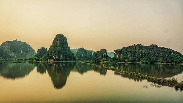 Một chuyến 'du lịch chậm' đến Ninh Bình cho người về hưu