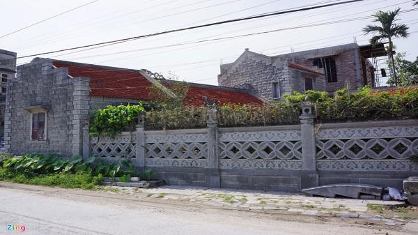 Nhà đá hơn 100 tuổi có một không hai ở cố đô Hoa Lư