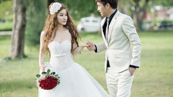 Hồ Quang Hiếu và vợ cũ: Sống chung nhà được 10 ngày là chia tay và mối quan hệ kỳ lạ ở hiện tại