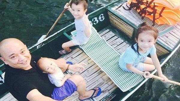 """Ngưỡng mộ ông bố đơn thân Ninh Bình """"gà trống"""" nuôi 3 con nhỏ"""