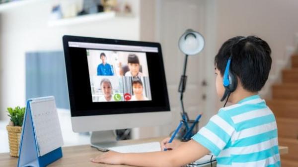 Bộ Giáo dục & Đào tạo nói gì về việc học sinh lớp 1 học online?
