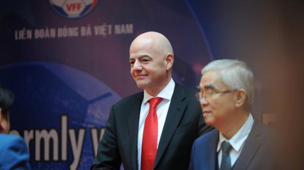 """Quá ấn tượng với """"dư chấn"""" U23 Việt Nam tạo ra, Chủ tịch Liên đoàn bóng đá thế giới (FIFA) đã bay tới Việt Nam"""