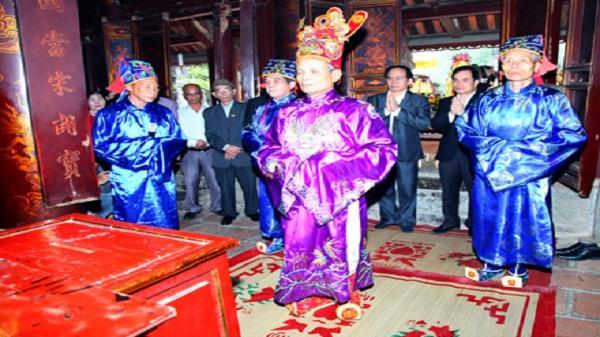 Tổ chức Lễ mở cửa đền tại Lễ hội Hoa Lư