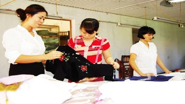 Nữ giám đốc nông dân đưa sản phẩm làng nghề vươn ra thế giới
