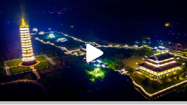 Mãn nhãn với hình ảnh tuyệt đẹp khi chùa Bái Đính rực sáng về đêm