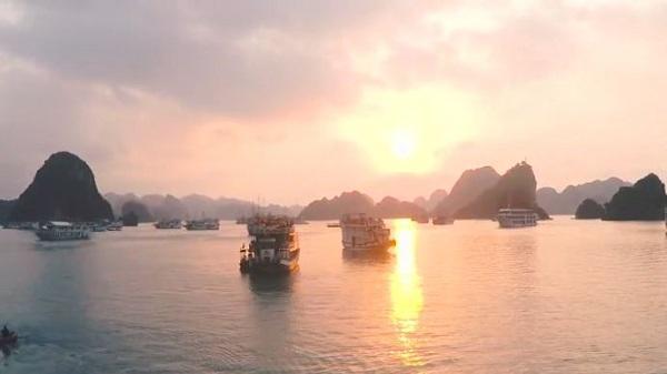 Cảnh sắc Việt Nam rực rỡ đầy sức sống qua clip trải nghiệm của du khách Tây