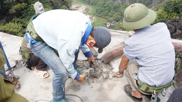 Ngày thứ 3 tháo dỡ công trình vi phạm tại Di sản thế giới Tràng An: Vẫn đang diễn ra theo kế hoạch