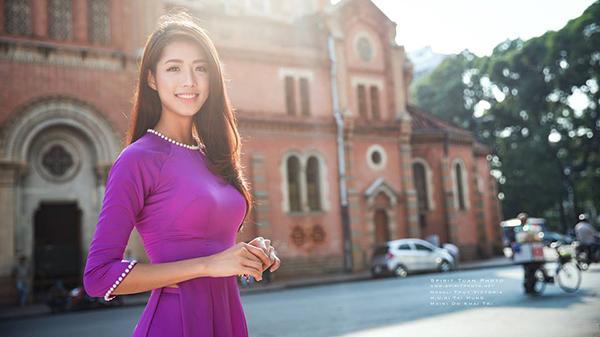 Nhan sắc ngọt ngào của người đẹp gốc Ninh Bình khiến bao trái tim 'tan chảy'