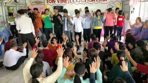 """""""Hội thánh Đức chúa trời"""" xuất hiện ở trường học tại Ninh Bình"""