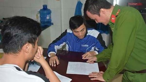 9 học sinh Ninh Bình bị lôi kéo vào hội Thánh Đức chúa trời