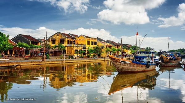 Thú vị cách giới thiệu Tràng An-Bái Đính và nhiều địa danh nổi tiếng cả nước đến du khách nước ngoài, bạn đã biết chưa?