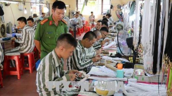 Trại giam Ninh Khánh thực hiện công tác tha tù trước thời hạn