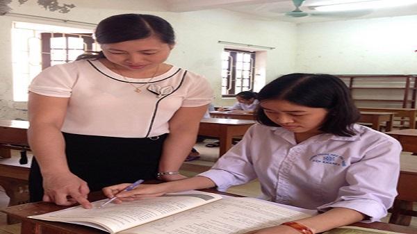 Trường THPT Yên Khánh A tự hào có một bông hoa đẹp mang tên Lê Thị Thu Uyên