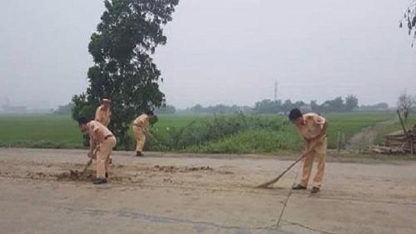 Hình ảnh đẹp của các chiến sĩ cảnh sát giao thông huyện Nho Quan
