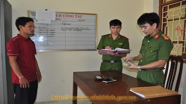 Công an huyện Kim Sơn bắt đối tượng lừa quen biết qua mạng xã hội để tống tiền