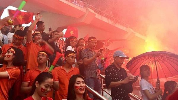 Một lần nữa: Sân vận động tỉnh mở cửa miễn phí, mọi thứ sẵn sàng chờ người dân Ninh Bình đến nhuộm đỏ vì Olympic Việt Nam trong ngày 1/9