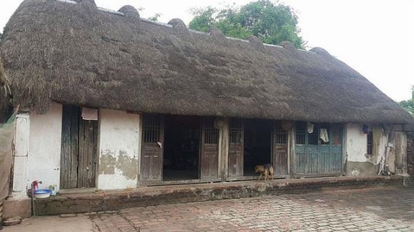 """Ngắm ngôi nhà """"lạ"""" hiếm hoi còn lại ở Ninh Bình"""