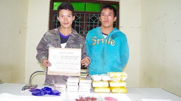 Điện Biên: Bắt 2 đối tượng thu giữ 30.000 viên m.a t.úy tổng hợp và 10 bánh h.eroin