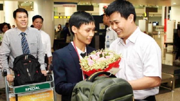 Câu chuyện thú vị của chàng trai Hải Dương chuyên giành giải Bạc