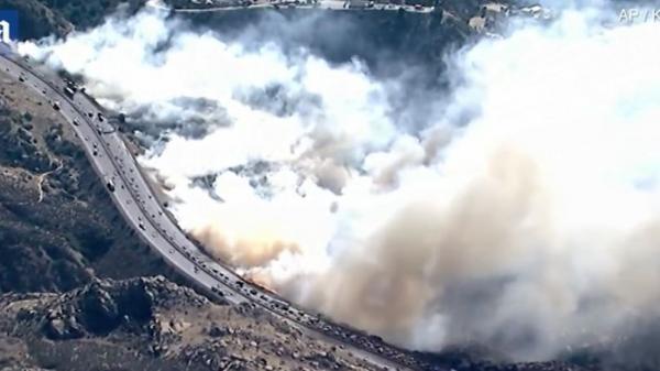 Cháy rừng khủng khiếp tại California khiến gần 300 người c.hết và mất tích
