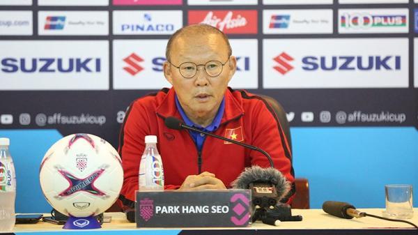 """HLV Park Hang Seo ra """"ngôn lệnh"""" khiến đội tuyển Việt Nam và người hâm mộ """"đứng ngồi không yên"""""""