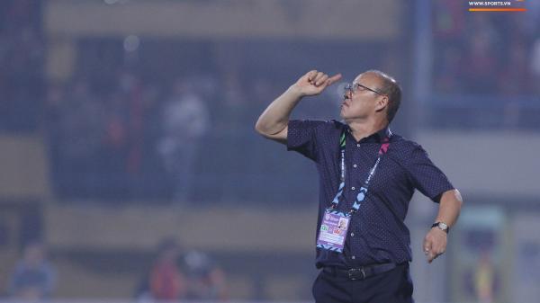 Đội tuyển Việt Nam tính đi chuyên cơ riêng, tránh chuyến bay hành xác tới Philippines đá bán kết AFF Cup 2018