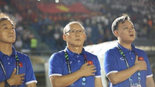 Choáng lượng khán giả Hàn Quốc xem Việt Nam đấu Philippines