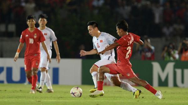 """Choáng trước số tiền """"siêu khủng"""" nếu tuyển Việt Nam ghi bàn vào lưới Malaysia"""